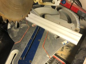 can a miter saw cut trim