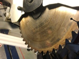 miter saw blade wobble