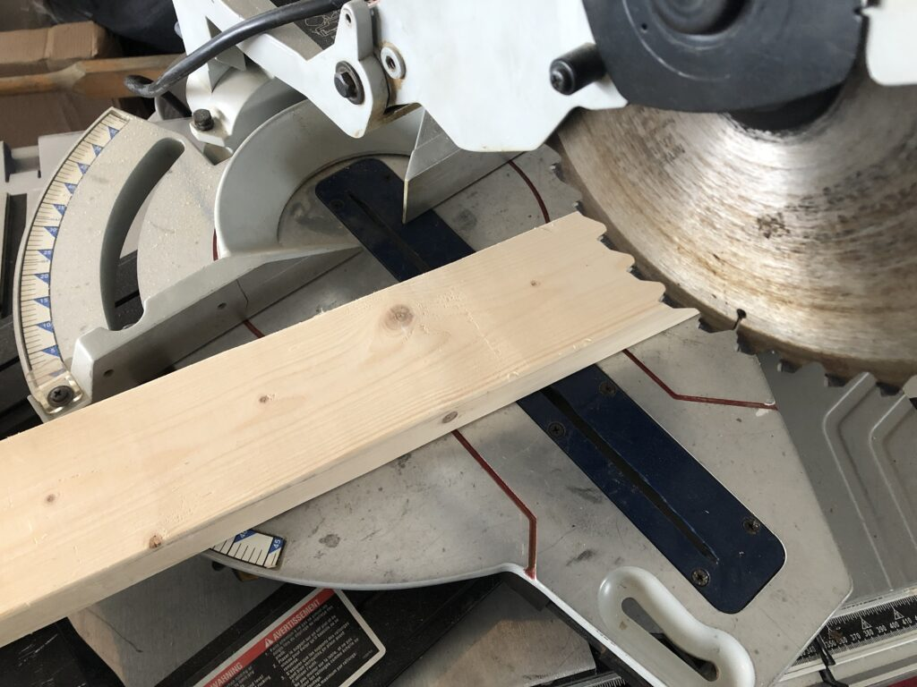 best material for miter saw fence